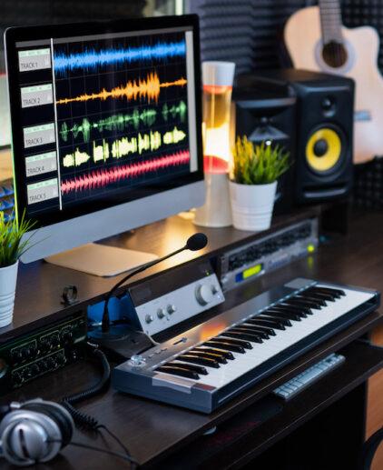 Home & Studio Recording
